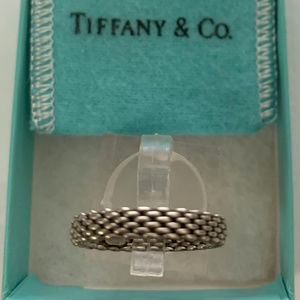 Tiffany & Co Narrow Somerset Mesh Ring